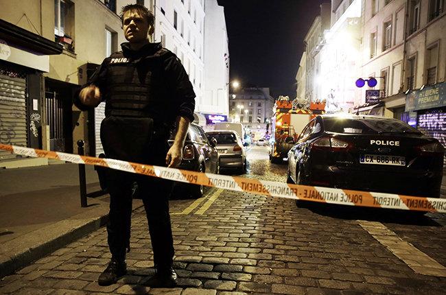 Paris – The Atrocity 13th November 2015 – Poetry Reading by Jane Gill Wilson, Read by MayaWolosyzn